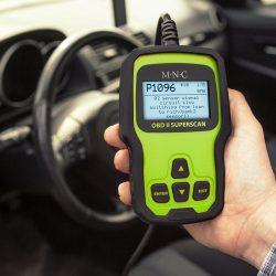 Autó diagnosztikai eszköz - hibakód kiolvasó - OBD2 - 12V  55679