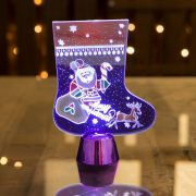 Karácsonyi asztali LED dekor - fényes talppal - csizma - lila - 15 cm  55997B